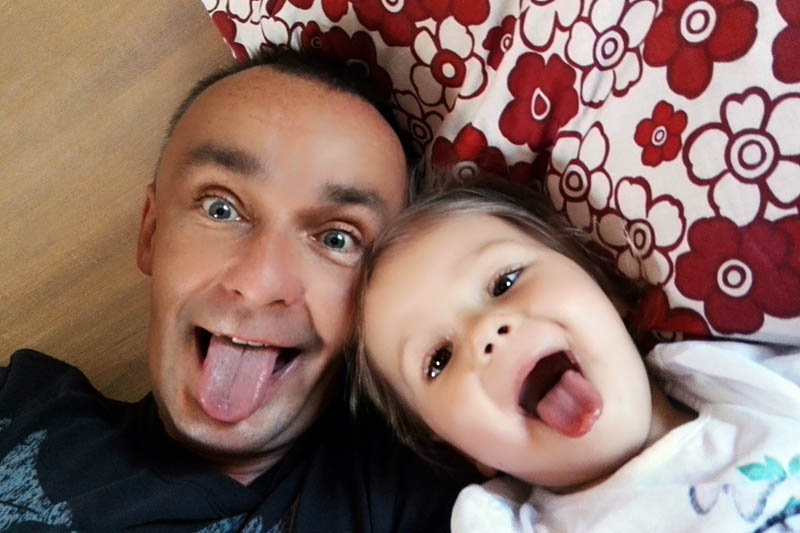 Piotr Pogon with his daughter Emilia, photo: P. Pogon's personal collection