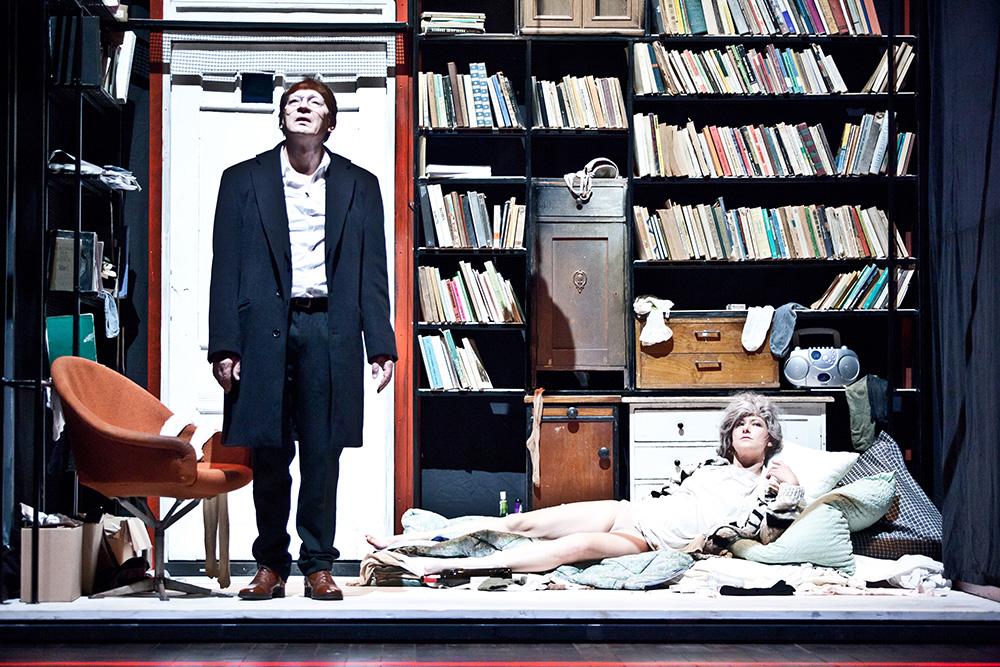 """Zdjęcie z przedstawienia """"Wycinka"""" w reżyserii Krystiana Lupy, fot. Natalia Kabanow"""
