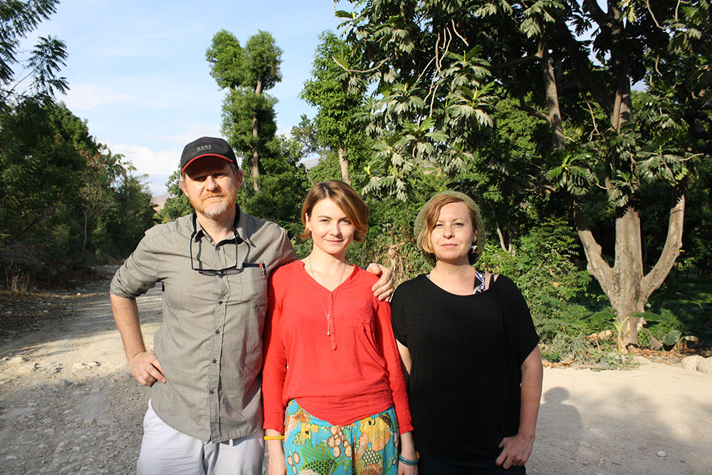 Project crew (from the left): C.T. Jasper, Magdalena Moskalewicz, Joanna Malinowska, photo credit: Damas Porcena (Dams), Haiti