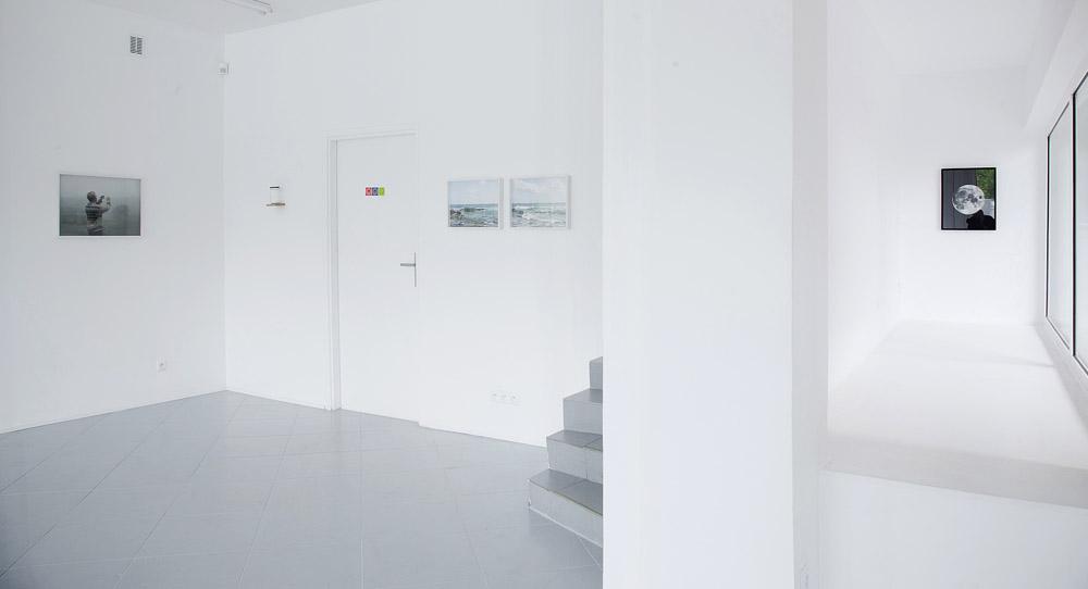 """Widok z wystawy """"Nine Nameless Mountains"""", Galeria Monopol, fot. Paweł Grześ / WGW"""