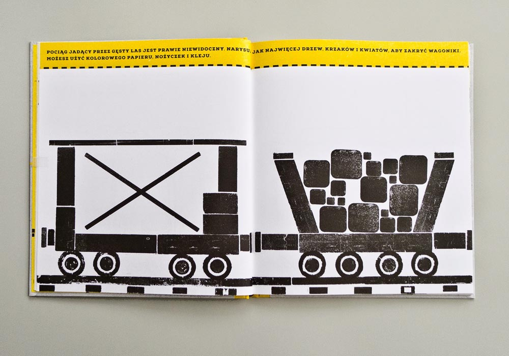 The Lokomotywa playful notebook, design by Aneta Lewandowska,  Papierówka publishing company, Must Have 2014, photo: Łódź Design Festival 2014