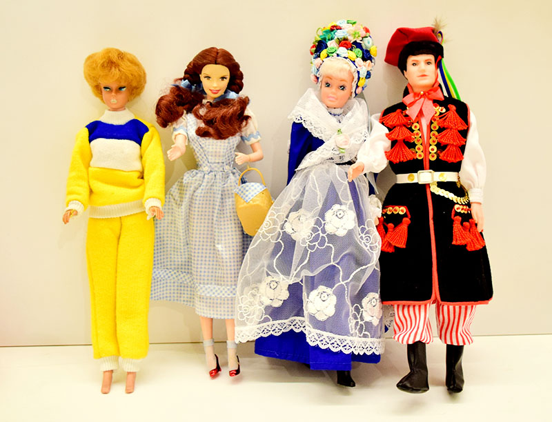 lalki: Lalki Barbie firmy Mattel, około 2013 r., wł. Anna Ziembińska (kolekcja prywatna), Lalki Barbie Krakowiak i Bamberka, zabawka współczesna, wł. pikinini.pl