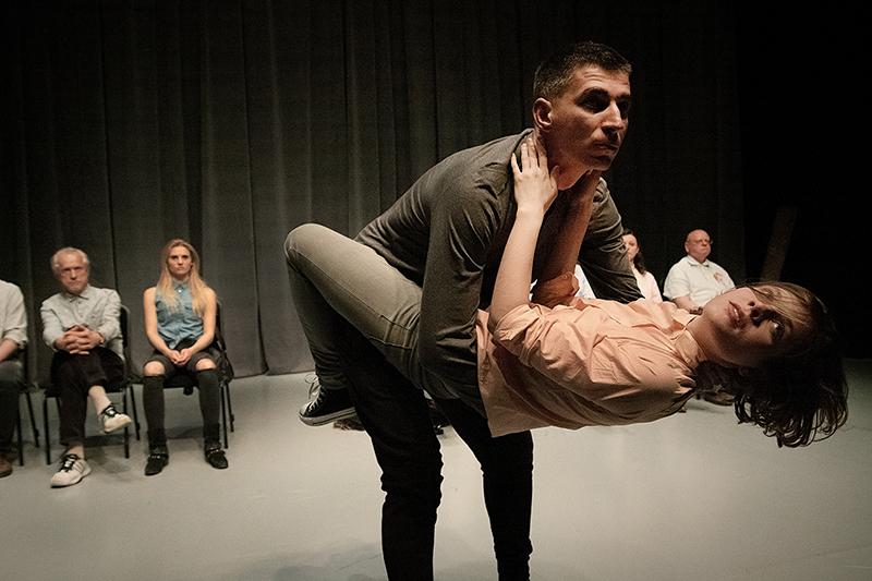 """Scena z przedstawienia """"Drugi spektakl"""", reżyseria: Anna Karasińska, fot. Monika Lisiecka"""