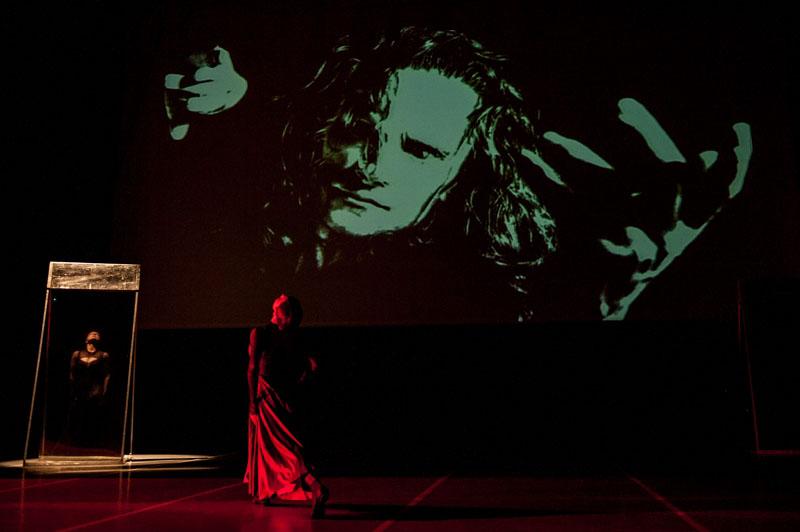 """Zdjęcie z przedstawienia """"Samotność Fausta"""", fot. materiały prasowe"""