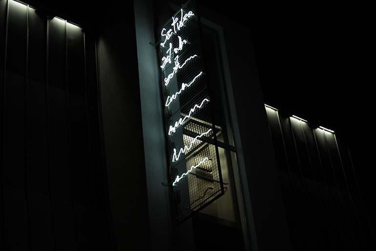 """Rafał Jakubowicz, """"SP/PS Sztuka Pojęciowa/Post Scriptum"""", 2010 (Wro Art Center), fot. dzięki uprzejmości artysty"""