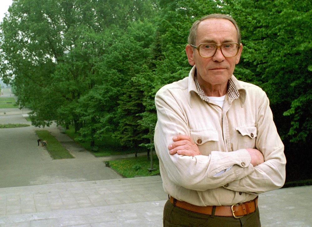 Tadeusz Konwicki, 1987, Warszawa, fot. Jan Zadora / Reporter / East News