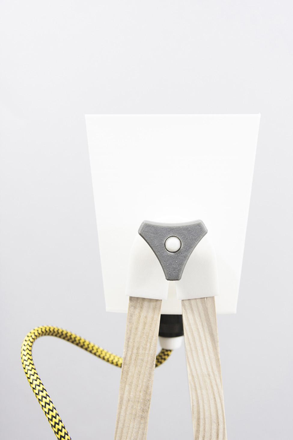 UAU, lampa SMF.01 z kolekcji Self Made Furniture, fot. dzięki uprzejmości artystów