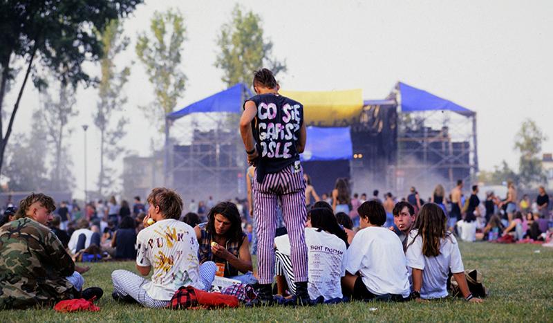 """Festiwal Muzyków Rockowych """"Jarocin"""", 1993, fot. Darek Majewski / Forum"""