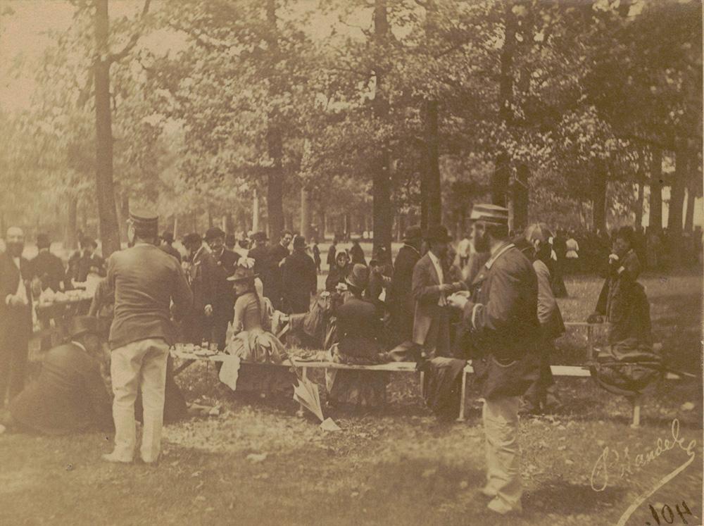 Konrad Brandel,  Majówka na Bielanach pod Warszawą,  1885, fot. Biblioteka Narodowa / CBN Polona