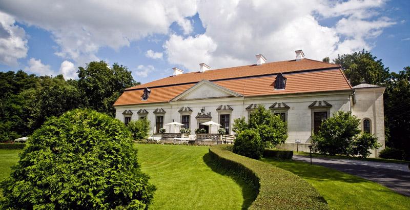 Pałac w Oborach Dom pracy twórczej im. Bolesława Prusa , fot. Darek Lewandowski / Forum