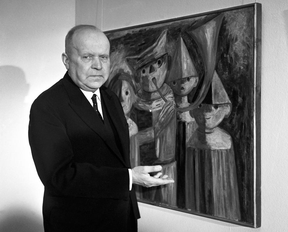 Stanisław Lorentz przy obrazie Tadeusza Makowskiego, 1963, fot. PAP