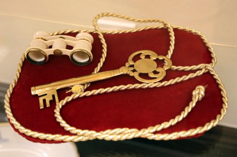 Na zdjęciu: klucz ktorym premier Józef Cyrankiewicz 21 lipca 1955 roku otworzyl drzwi do budynku PKiN, fot. Joanna Borowska  / Forum