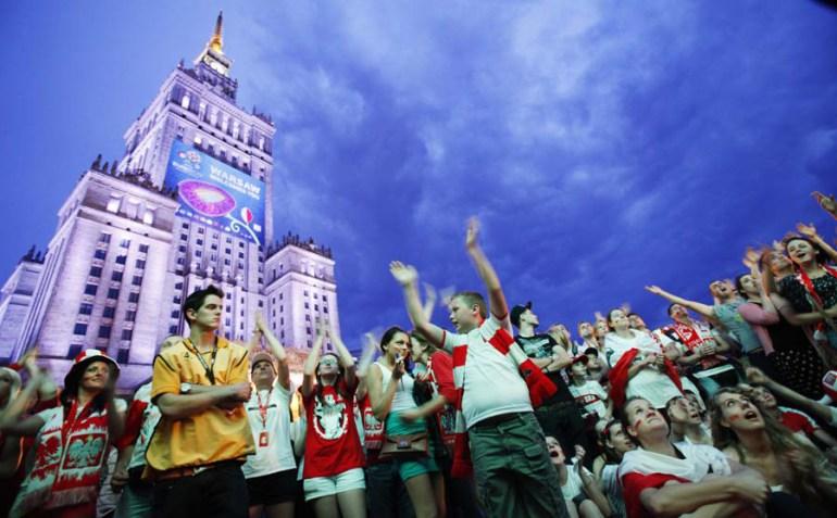 Strefa Kibica na placu Defilad, fot. Marek Wiśniewski / Forum