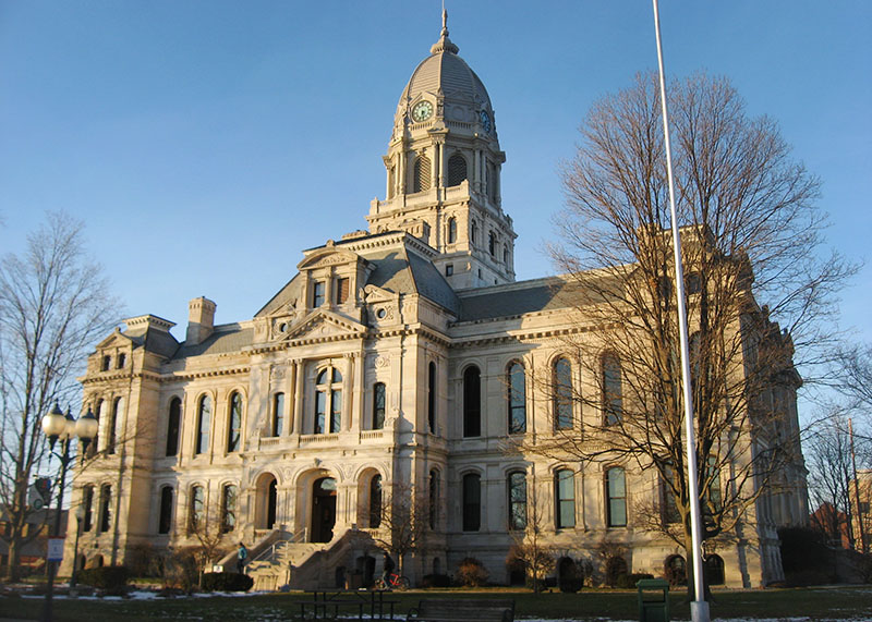 Old Kosciusko County Courthouse in Warsaw, Indiana, USA, photo: Nyttend