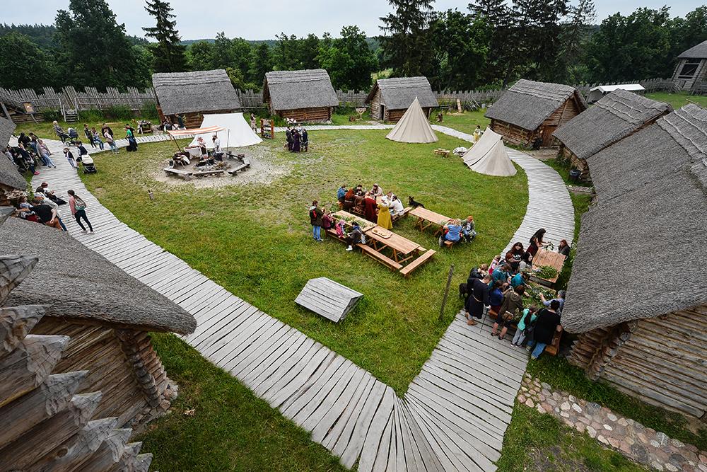 Gord Owidz near Starogard Gdański, reconstruction of a Slavic settlement, photo: Łukasz Dejnarowicz/Forum