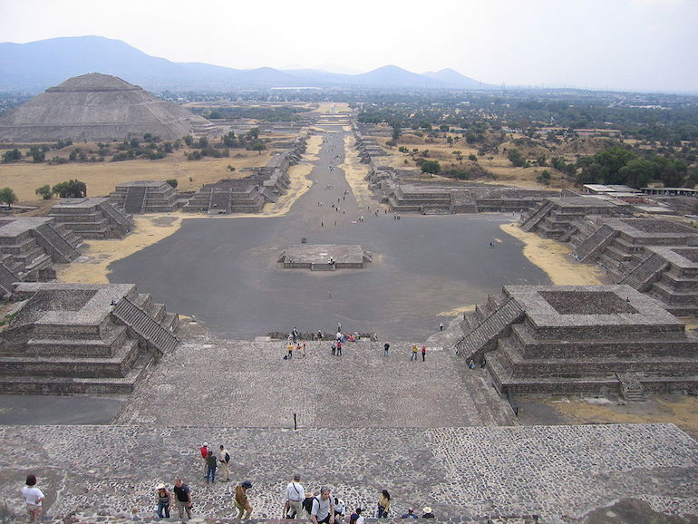 Avenue of the Dead in Teotihuacán where once Nahuatl was spoken.Now you can study this language in Warsaw. Photo: