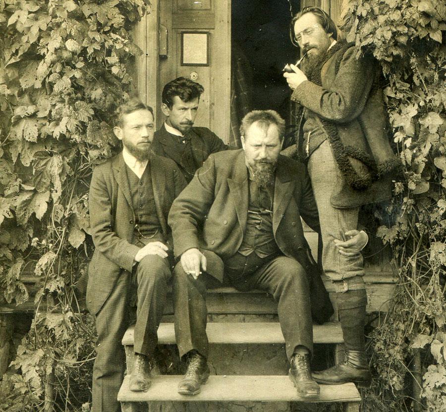 У Каспровичей в Поронине, слева направо: Леопольд Стафф, Владислав Оркан, Ян Каспрович, Ежи Жулавский, 1911 год, фото из семейного архива Жулавских