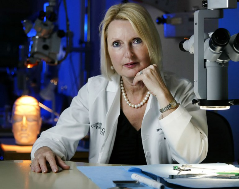 M.D. Ph.D. Maria Siemionow  director of plastic surgery research at the Cleveland Clinic in the microsurgery lab at the Cleveland Clinic, photo: Jay Laprete / Polaris / East News