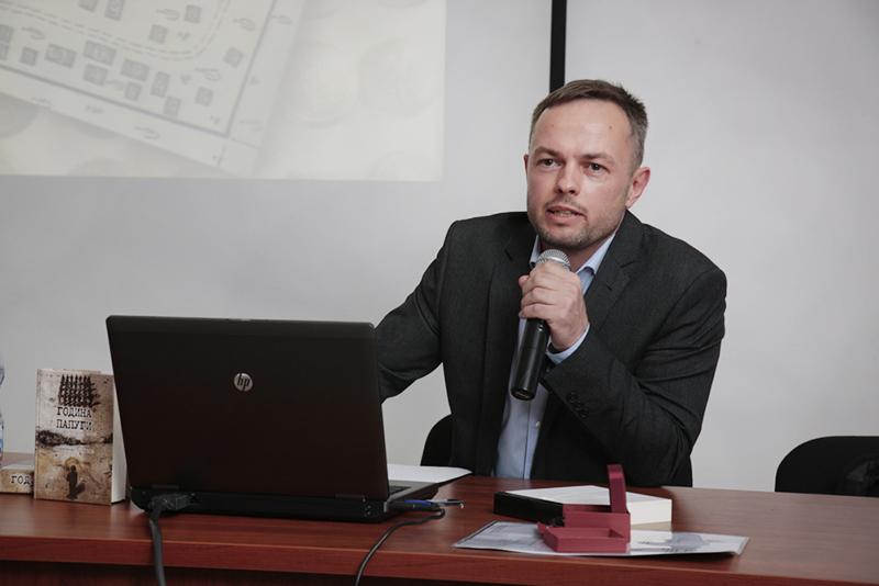 """Wykład Ołeksandra Zinczenki """"Ukraiński ślad katyński"""", IPN Warszawa, 2 czerwca 2014, fot. Piotr Życieński / IPN"""