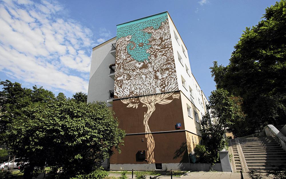 Mural poświęcony Marii Skłodowskiej Curie na ścianie budynku przy ul. Nowolipki 11 autorstwa Swański, fot.  Franciszek Mazur /AG