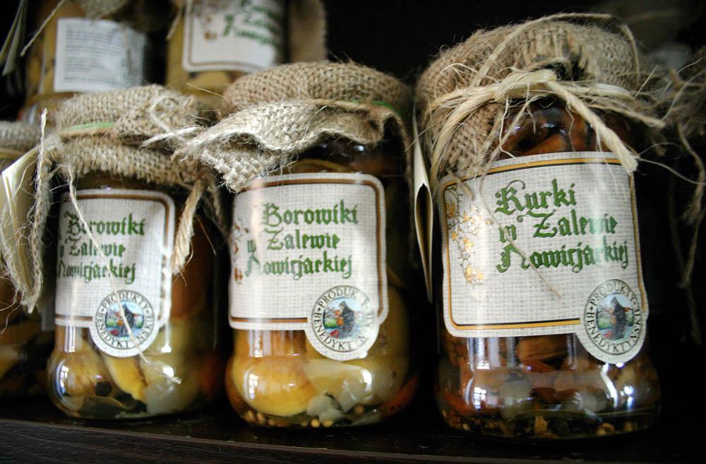 Pickled mushrooms, photo: Grzegorz Kozakiewicz