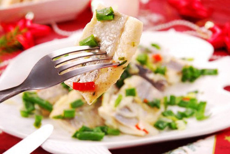Herring with onions, photo: East News
