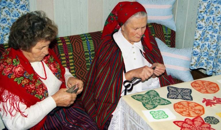 Traditional cut-outs from the Polish region of  Kołbiel, photo: Lubomir Kosinski / East News