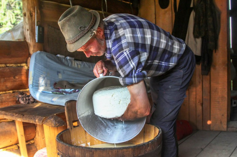 Traditional cheese-making in Poland, photo: Forum Agency