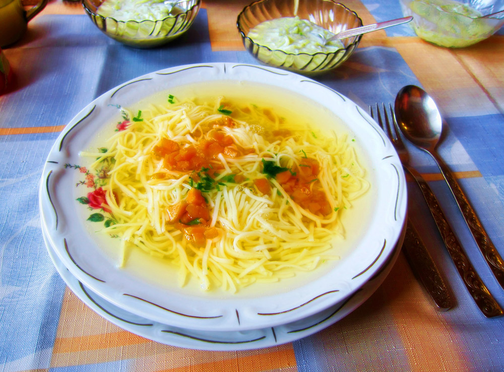 Three Meat Broth (rosół), photo: East News