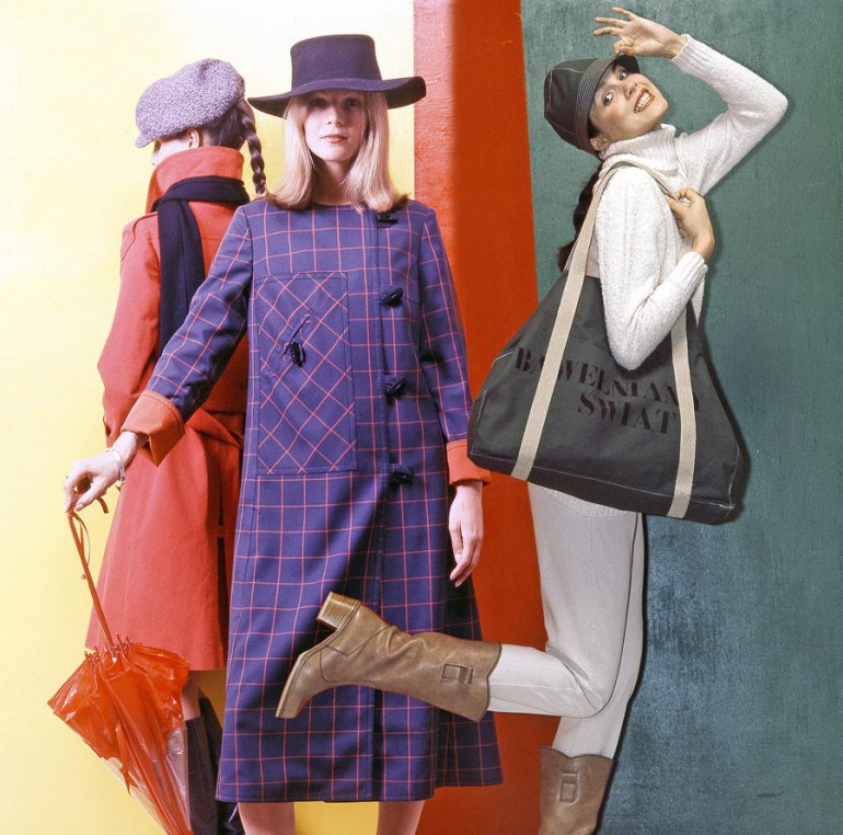 Grażyna Hase - Bawełniany Świat (Cotton World) teenage fashion, the spring-summer collection,1974, Warsaw, photo: Janusz Sobolewski / Forum