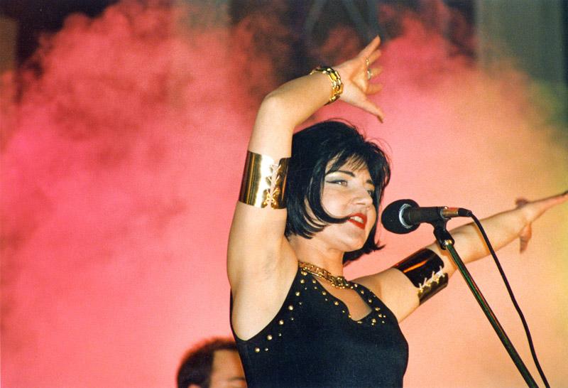 Koncert Shazzu (Magdalena Pankowska), 1996, fot. Kondrad Kalbarczyk / Forum