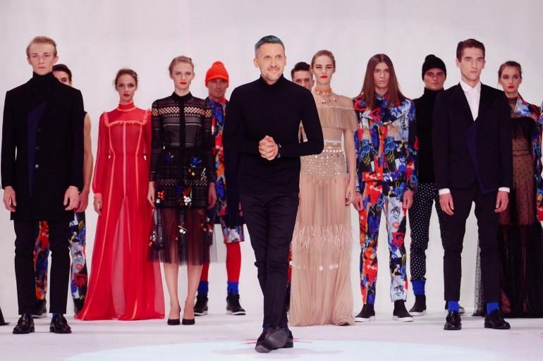 Mariusz Przybylski and some models at a show of his collection, 2016, photo: Strefa Gwiazd/Marcin Kmieciński/PAP