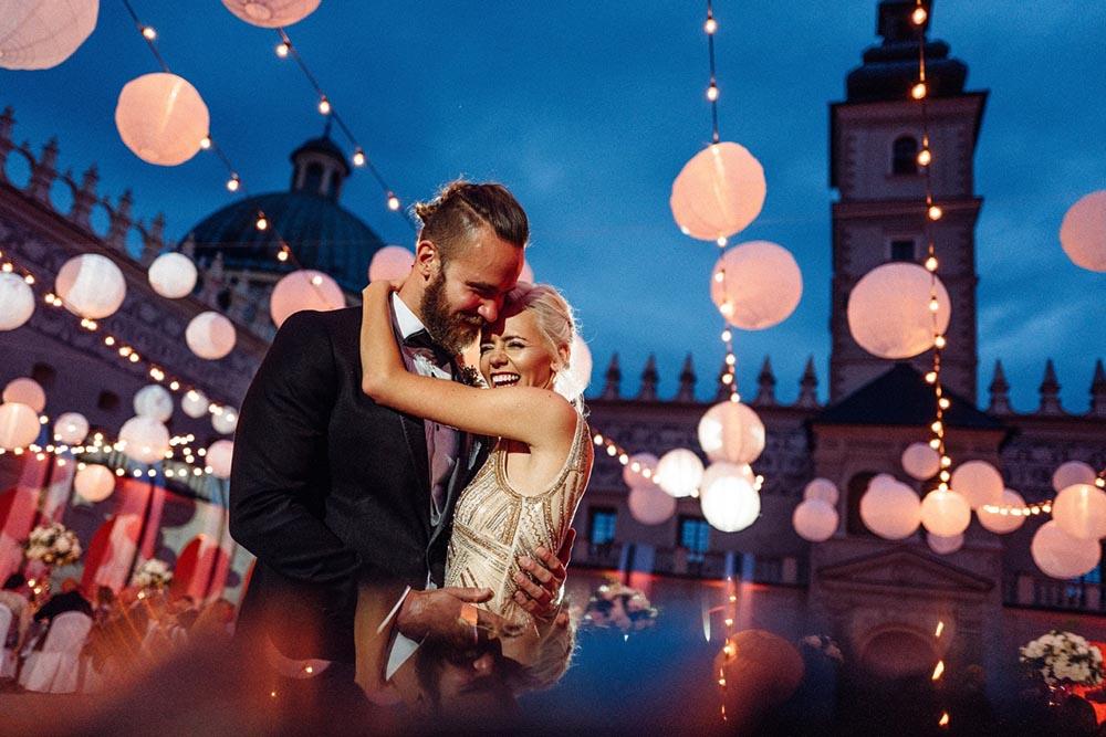 A wedding at the castle in Krasiczyn. Pictured: Iza & Gabryś, the happy couple, photo: Dorota Kaszuba & Michal Warda/WhiteSmoke Studio