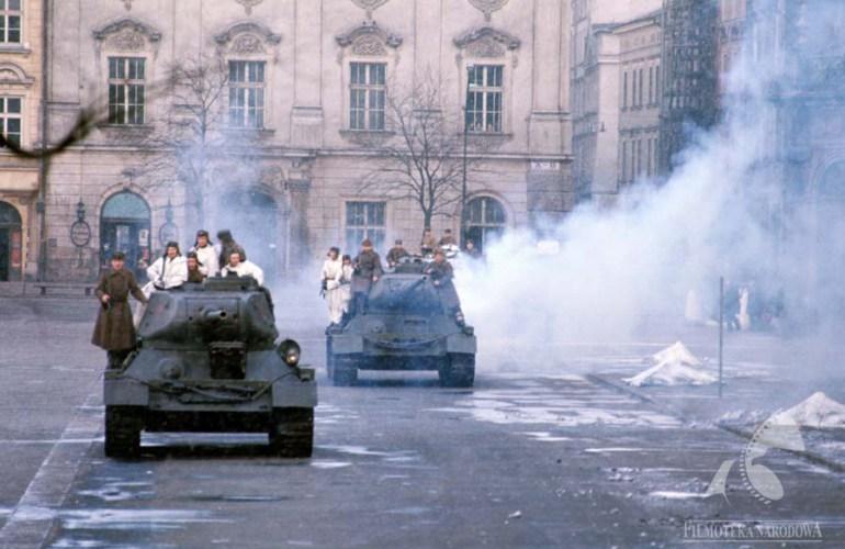 A still from 'To Save the City', dir. by Jan Łomnicki,1974, photo: Filmoteka Narodowa/www.fototeka.fn.org.pl