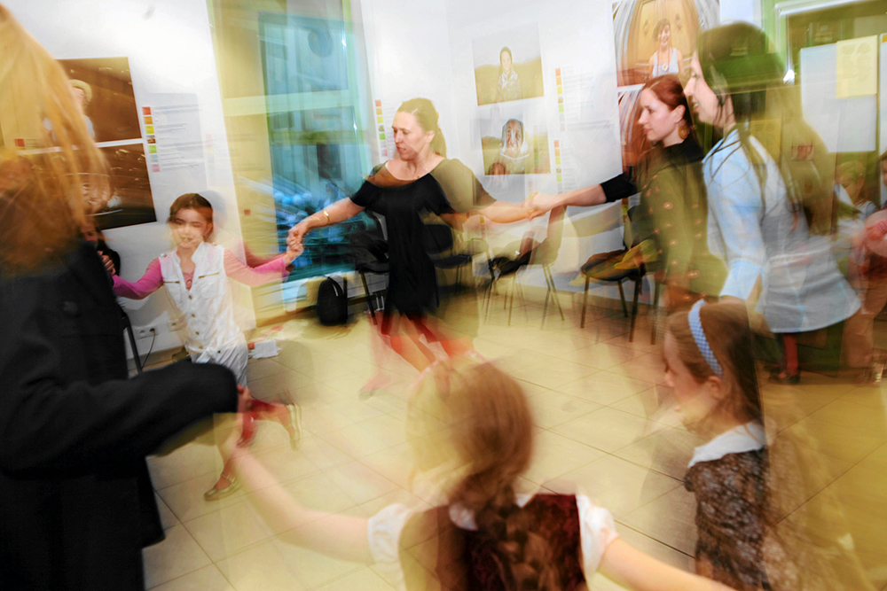 Israeli dance workshops during Israeli Indepence Day celebrations at the JCC Kraków at 24 Miodowa St. in Kraków, photo: Jakub Ociepa/Agencja Gazeta