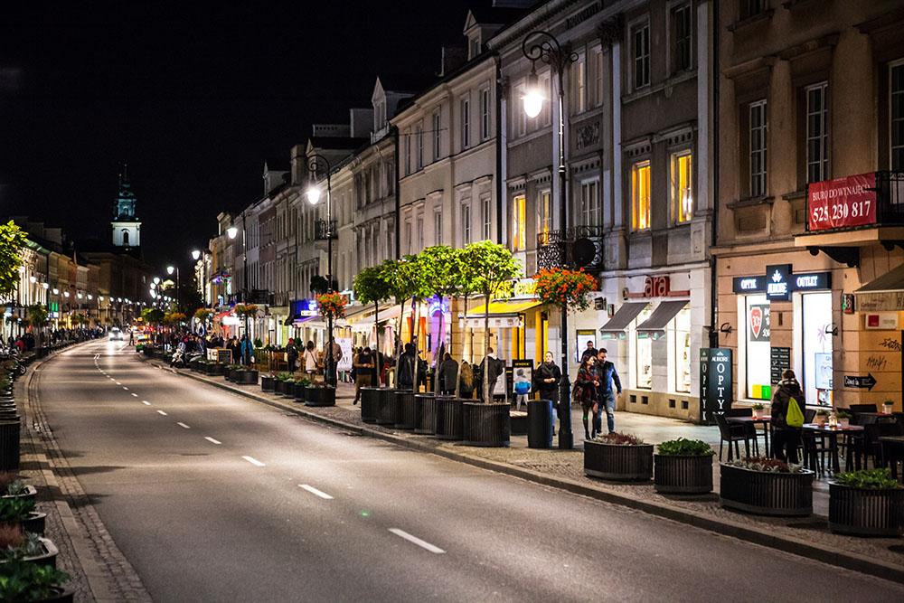 Улица Новый Свят в Варшаве. Фото: Адам Бураковский /Reporter