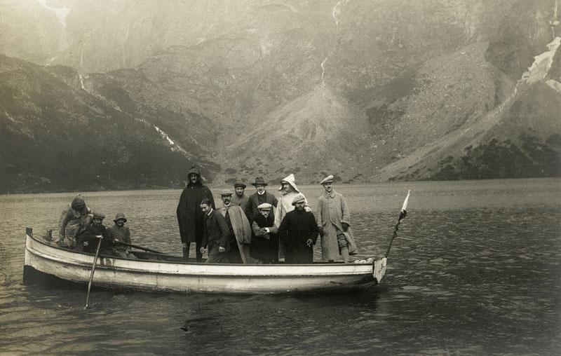 Łódź Syrena na Morskim Oku, autor nieznany, fot. ze zbiorów Tatrzańskiego Parku Narodowego