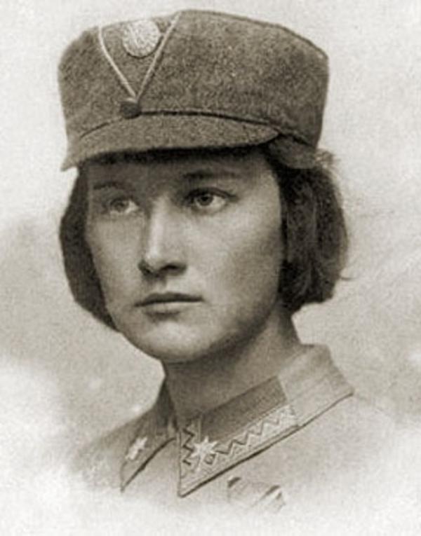Хорунжа УСС Олена Степанів
