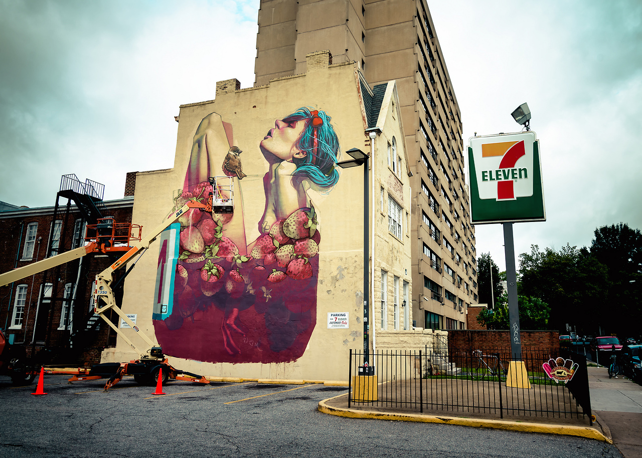 "Etam Crew, ""Moonshine"", mural w Richmond, USA, fot. www.etamcru.com"