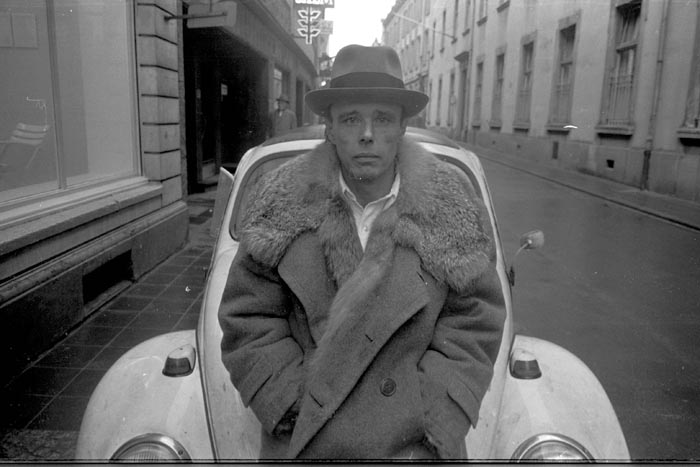 Joseph Beuys, 1971, Düsseldorf, Germany, Photo: Tadeusz Rolke / Agencja Gazeta