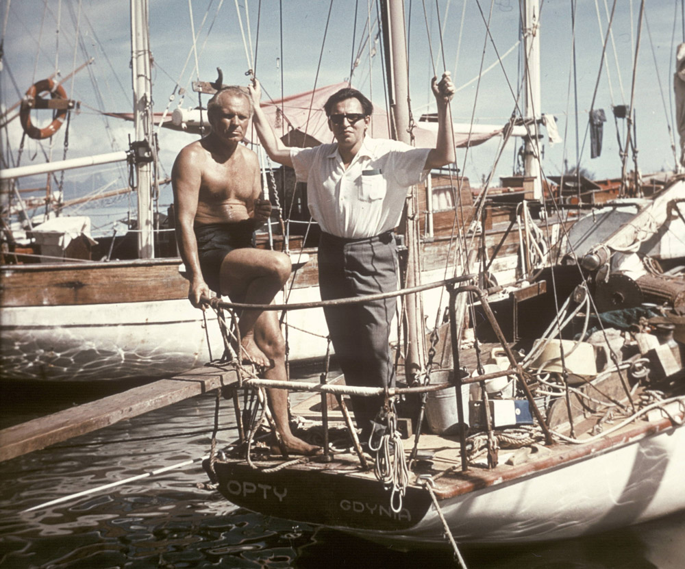 The Czech writer and traveler Miloslav Stingl and Leonid Teliga in Tahiti, 1968, photo: Polish Press Agency
