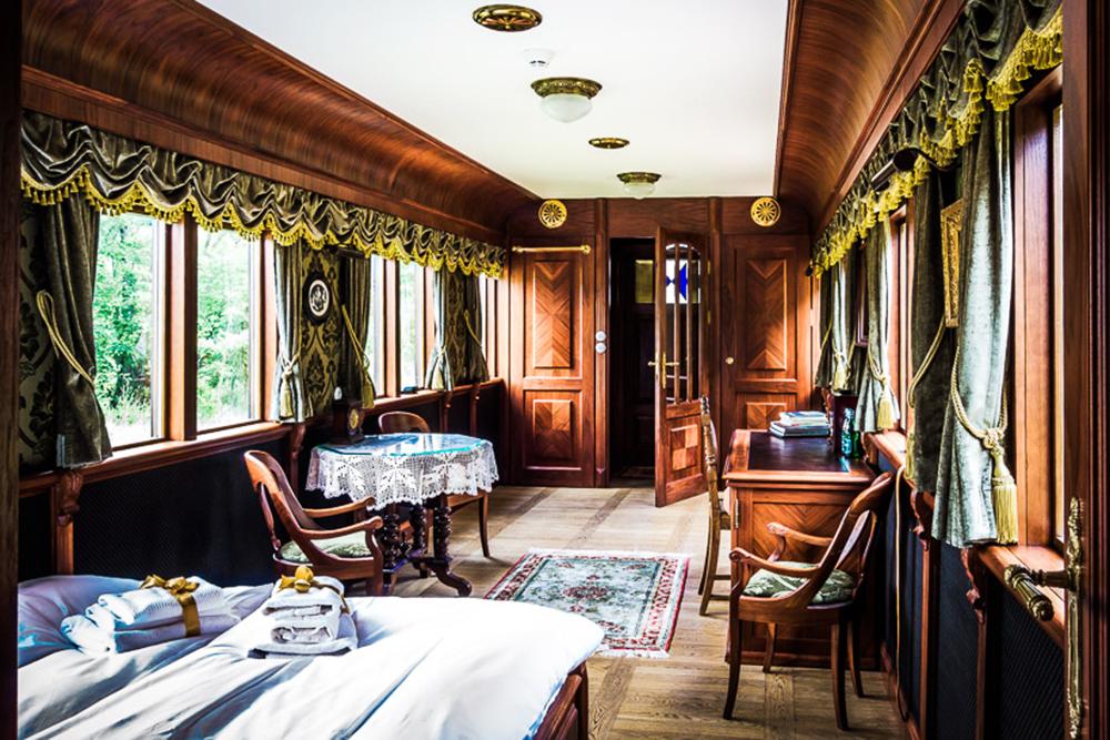 Restauracja Carska, Białowieża. Zielona sypialnia, fot. materiały prasowe hotelu / www.carska.pl