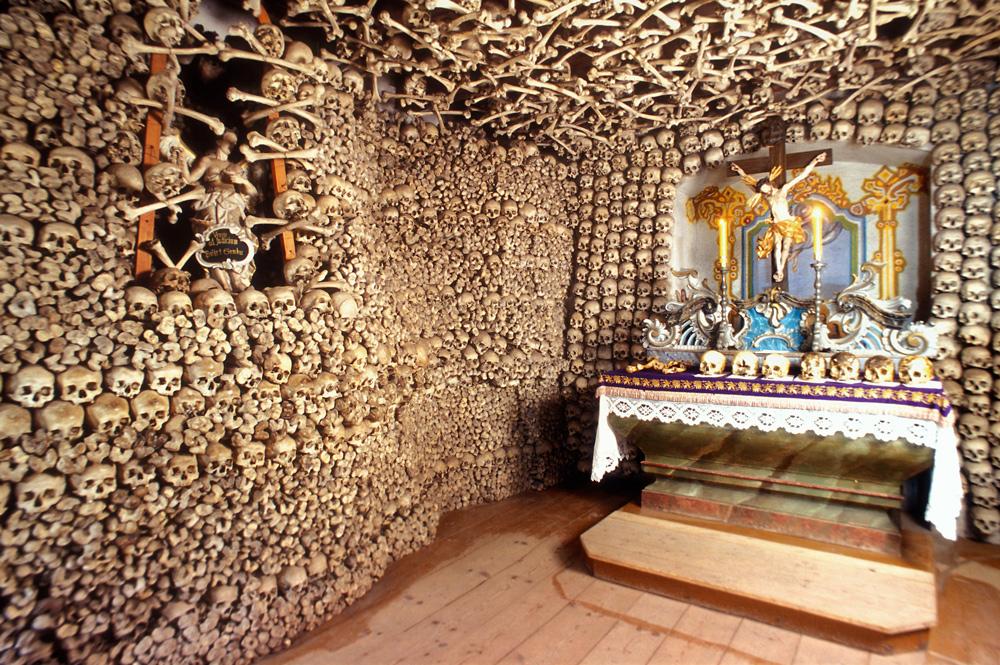Skull Chapel in Czermna, photo by Marek Skorupski / Forum