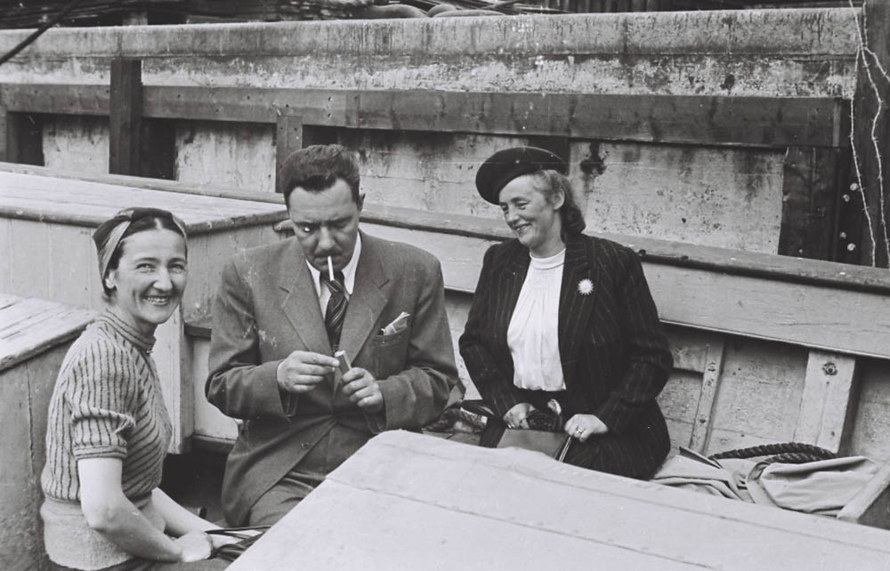 In a boat, from the left: Zofia Siemaszkowa, Stanislaw Brukalski, Barbara Brukalska, photo:  Adam Siemaszko/http://muzeumzofiiiadama.pl