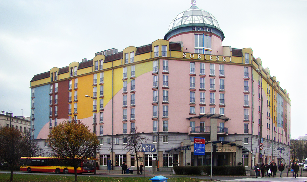 Radisson Blu Sobieski Hotel, dawniej Hotel Jan III Sobieski, fot. Szczebrzeszynski/ wikimedia.org