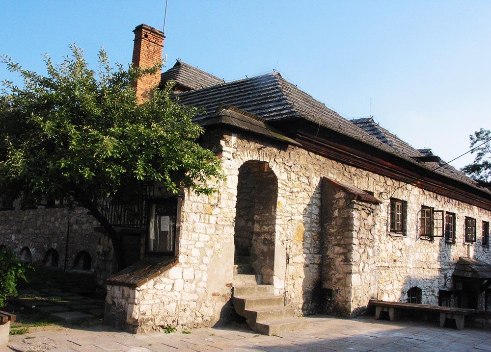 Kino w Kazimierzu Dolnym (dawna synagoga), fot. Iwona Burdzanowska/AG