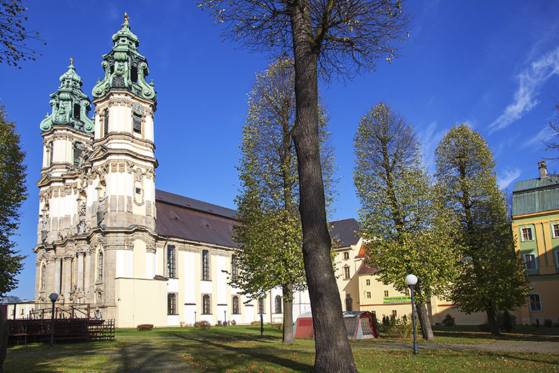 A cysterian abbey with the basilica of the Assumption of Blessed Virgin Mary in Krzeszowo, photo: Wojciech Wojcik / Forum