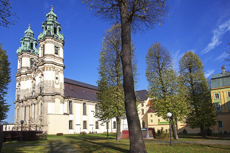 kościół w Krzeszowie (bazyka WNMP), fot. Wojciech Wojcik / Forum