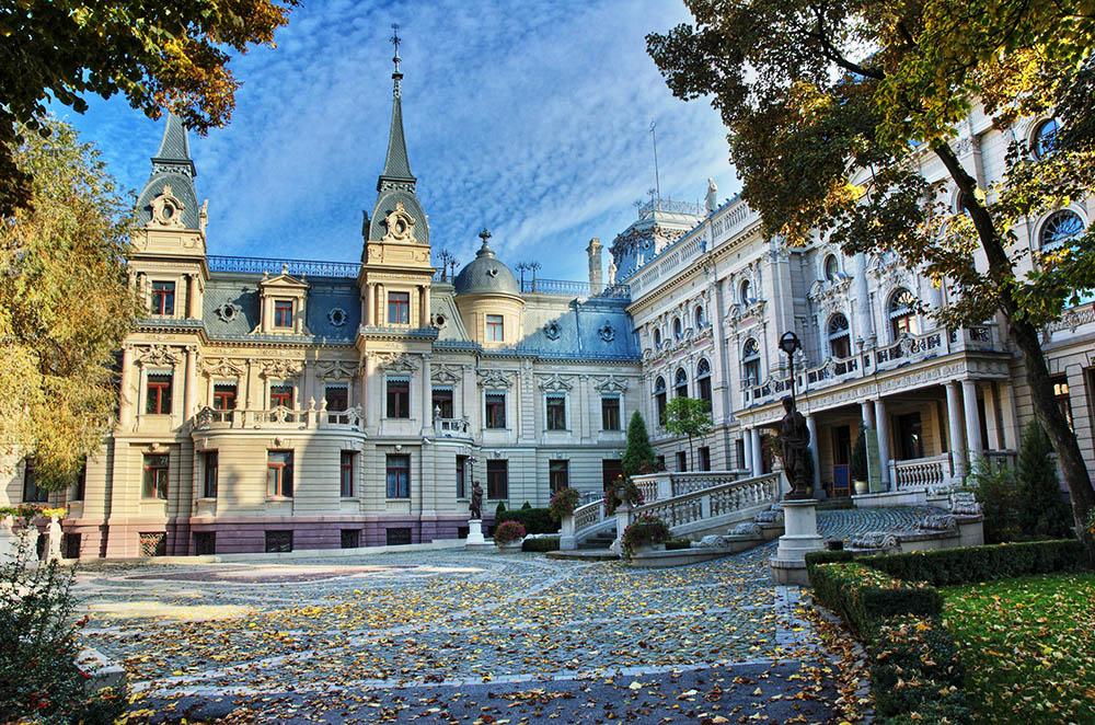 Izrael Poznański's palace (The Museum of History of the City of Łódź), photo: Mariusz Switulski / Alamy Stock Photo / East News
