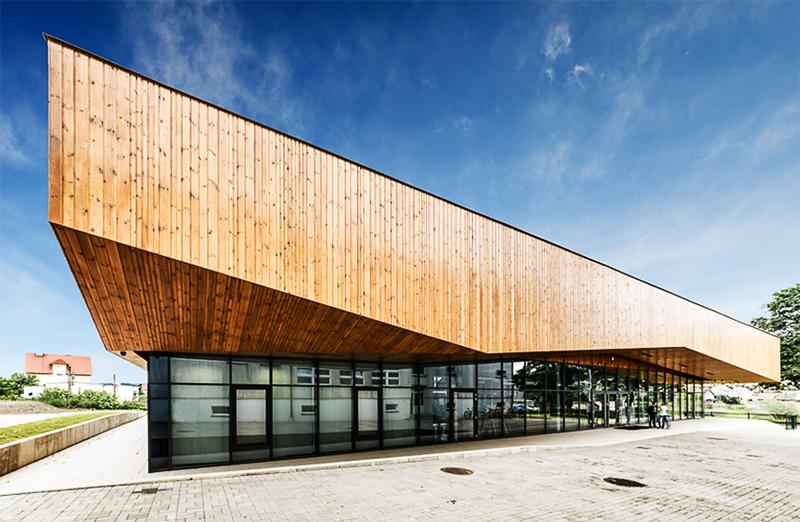 Public Library in Czarny Bór, design: ISBA Grupa Projektowa, 2011-2012, photo: http://isba.com.pl